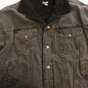 Men's Warm Jean Jacket Size Large